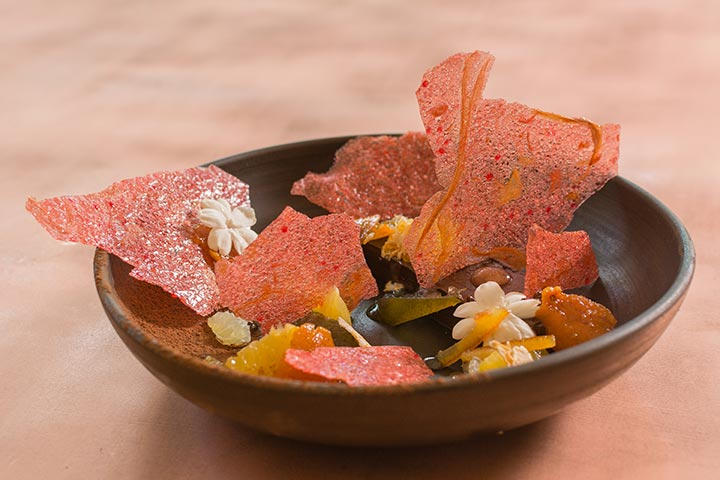 Desserts;-Chocolate-slice,-jasmin-flower...1